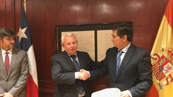 Antonio-Checa-nuevo-consul-Chile